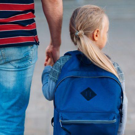 Read more about the article Copilul tău dovedește aversiune față de școală? Iată ce ai de făcut!