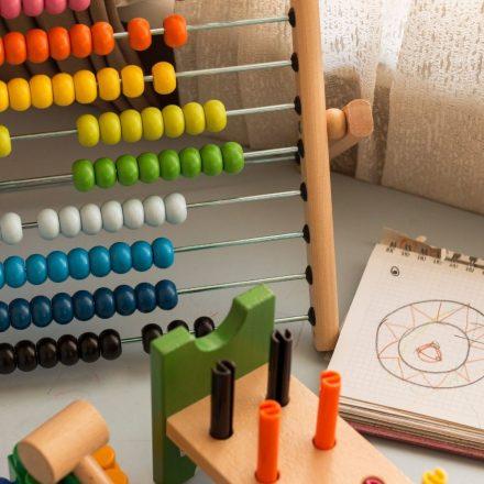 7 modalități de a-ți menține copilul motivat la școală